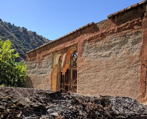 Graceful Ruins